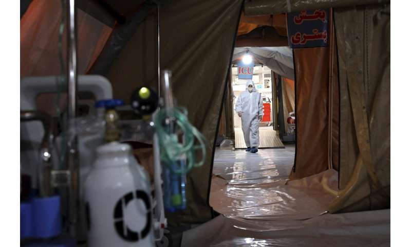 Iran's army sets up hospital in virus-stricken capital