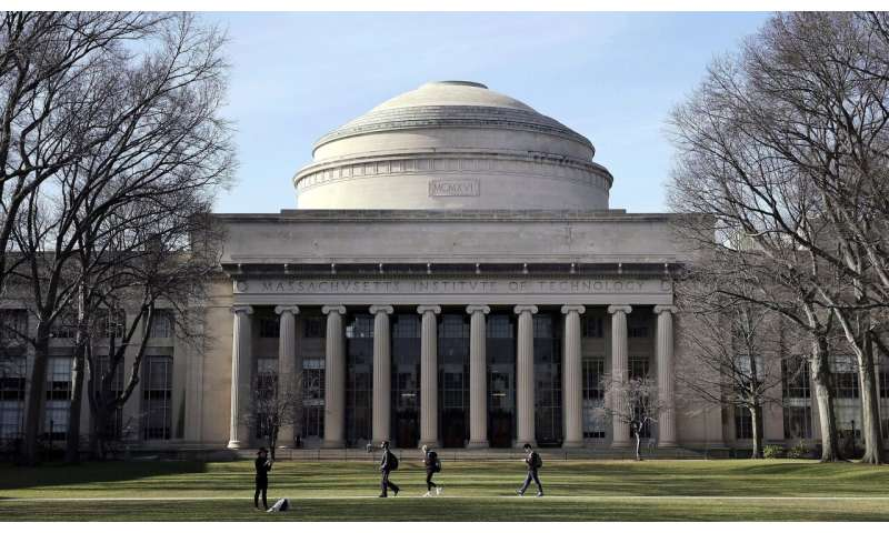 MIT professor wins top AI award for cancer, drug research