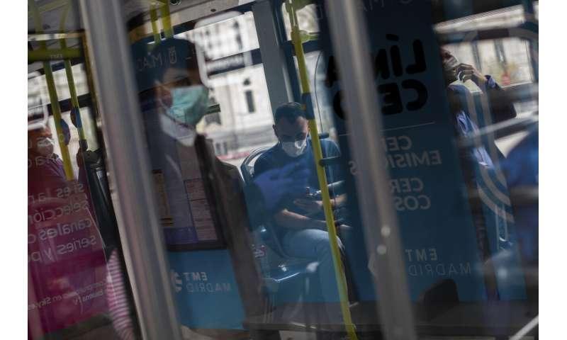 New York to shut down as it becomes next virus hot spot
