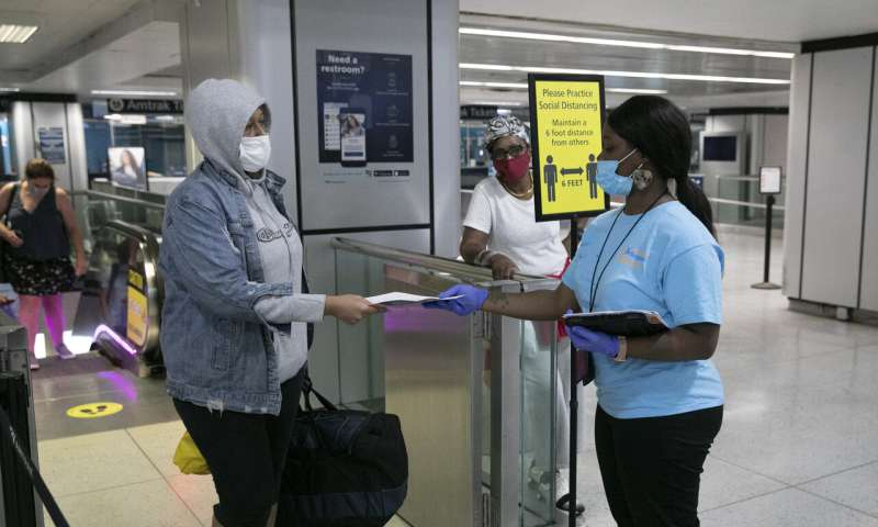 NYC begins registering travelers at COVID-19 checkpoints