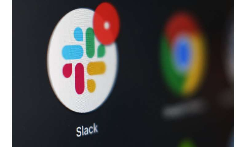Salesforce membeli layanan obrolan kerja Slack seharga $ 27,7 miliar