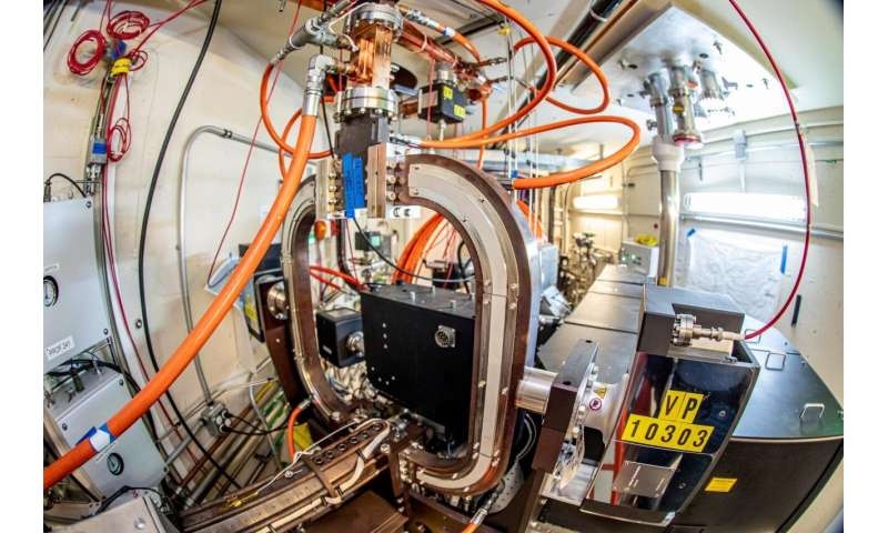 SLAC starts up new facility to revolutionize particle accelerators