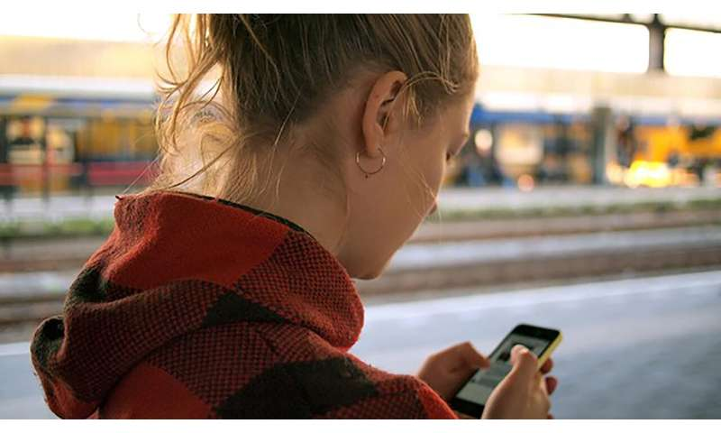 Smartphone use offers tool to treat MS, other diseases
