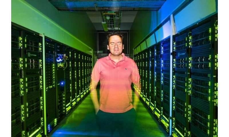Researchers develop molecule to store solar energy