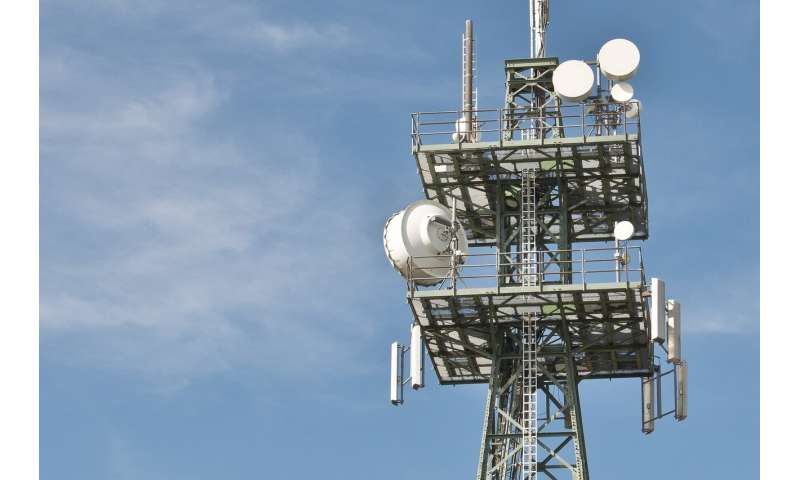 Russian Scientists Improve Material for 5G Communication Antennas