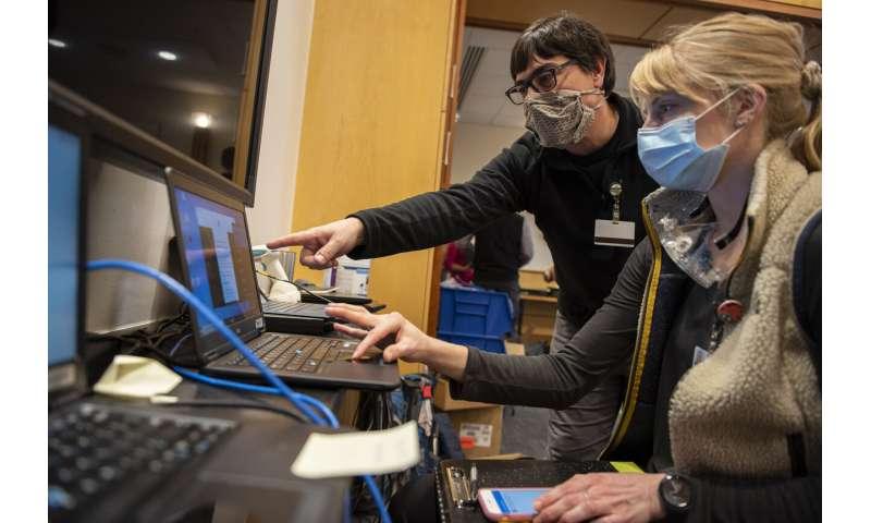 Saat rumah sakit mengatasi lonjakan COVID-19, ancaman dunia maya membayangi