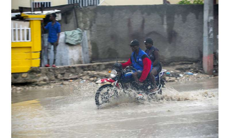 Bahamas, Florida brace as new Hurricane Isaias bears down