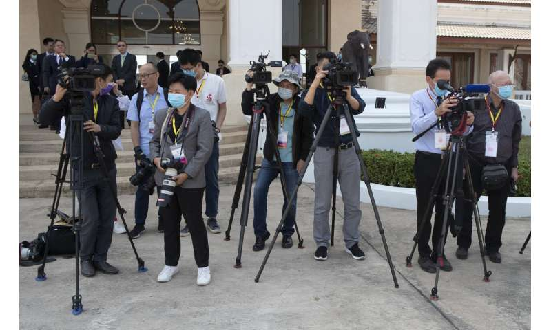 China, Southeast Asia hold emergency meet on viral outbreak