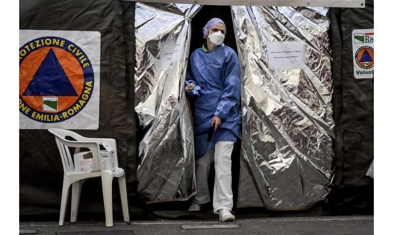 Italy blasts virus panic as it eyes new testing criteria