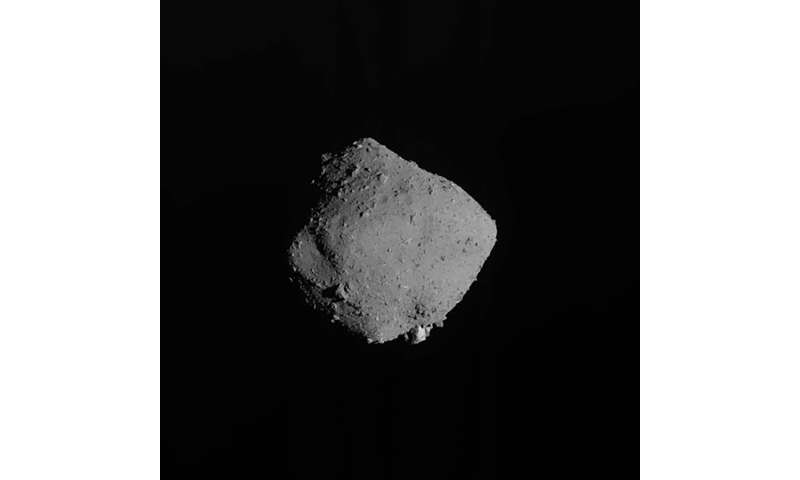 Japan space agency finds ample soil, gas from asteroid