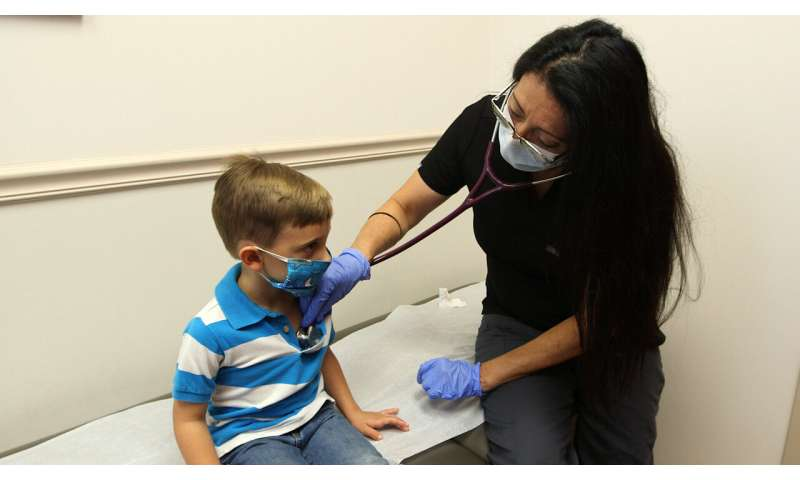 Survey finds most parents nervous to take their kids for vaccinations due to COVID-19