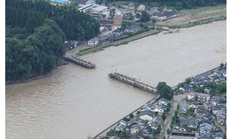 The floods washed away many bridges