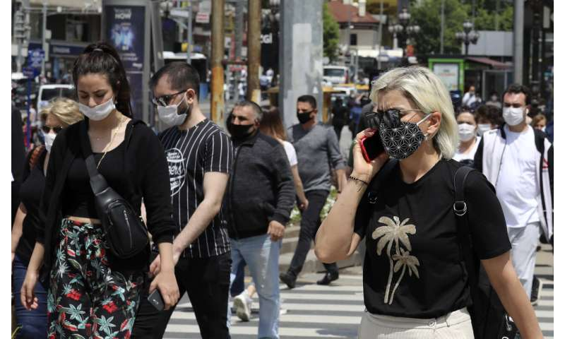 Turkey makes masks mandatory in Istanbul, 46 other provinces