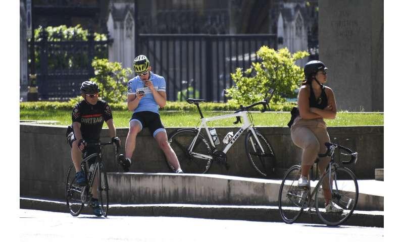 UK pledges June 1 rollout of contact-tracing amid criticism