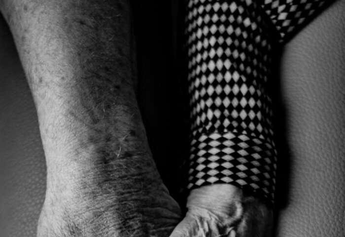 Study explores strain on dementia patient care partners