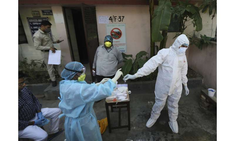 'Ticking time bomb:' Lack of beds slows Delhi's virus fight