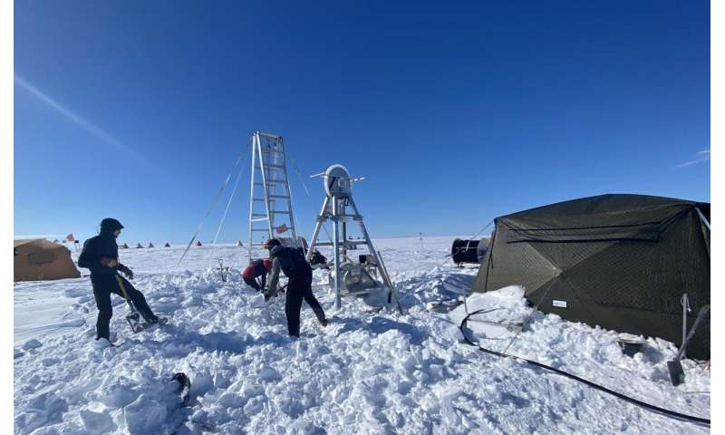 Scientists find record warm water in Antarctica, pointing to cause behind troubling glacier melt