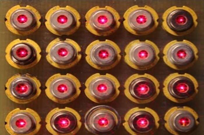 Researchers invent a novel vertical-cavity surface-emitting laser, the workhorses of datacenters and optical sensors