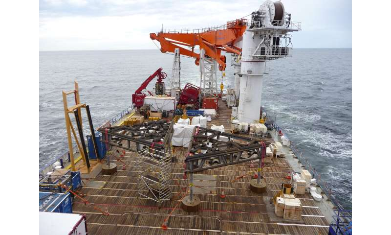 Researchers document seasonal migration in deep-sea