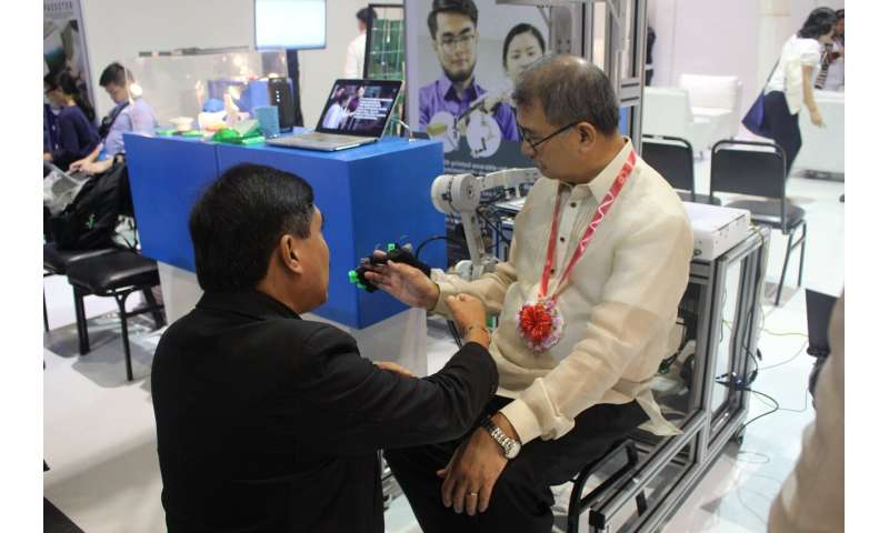 Robots can assist physiotherapy during the pandemic