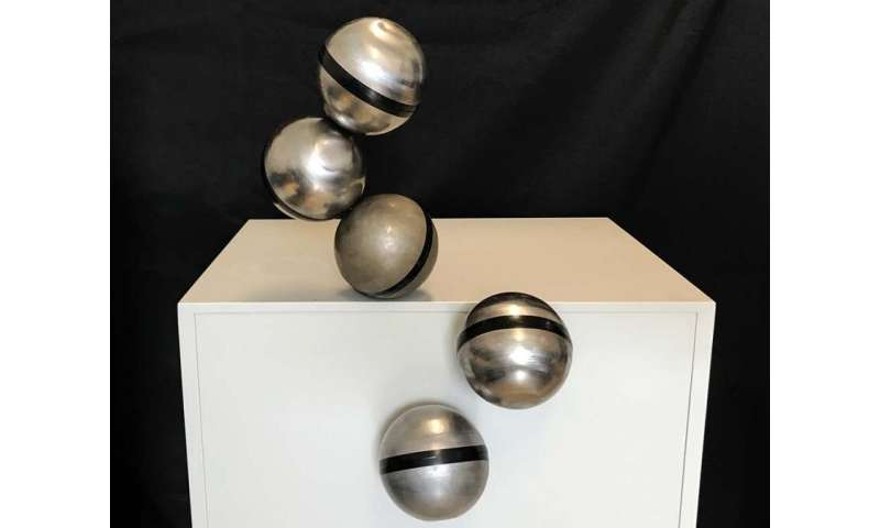 Magnetic FreeBOT balls make giant leap for robotics