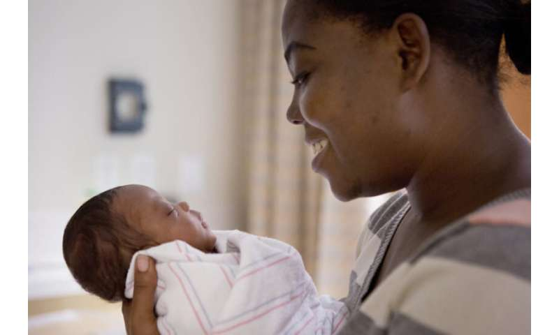 Telemedicine platform teaches parents how to play with their preterm babies