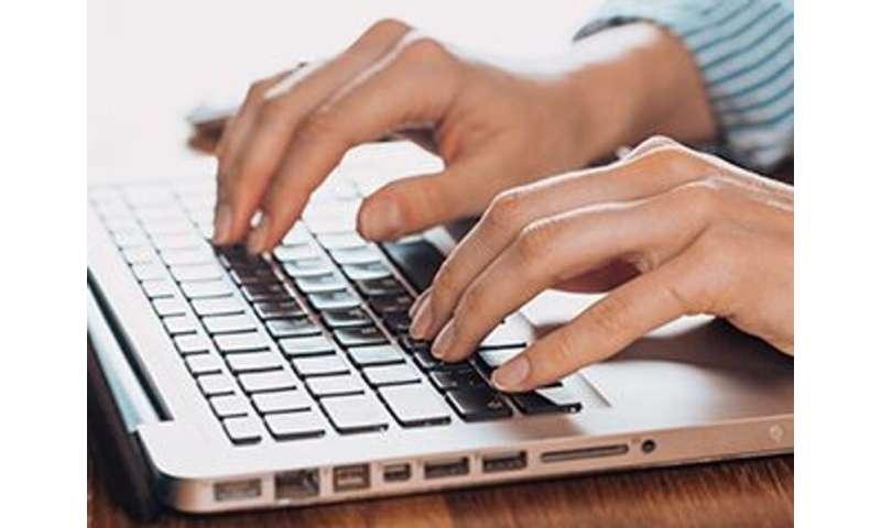 از راه دور برای کسانی که نمی توانند آنلاین شوند از راه دور پزشکی استفاده می شود
