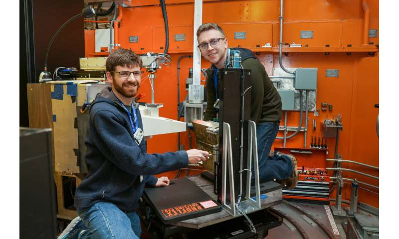 Researchers use neutrons to study weld-induced stress relief in renewable energy infrastructure