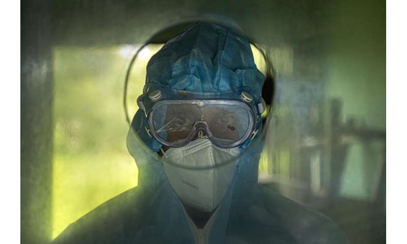 As US grapples with virus, Florida hits record case increase