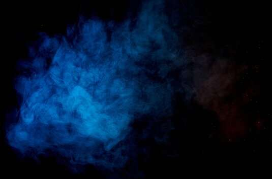 Renkli bir kimyasal bukalemun