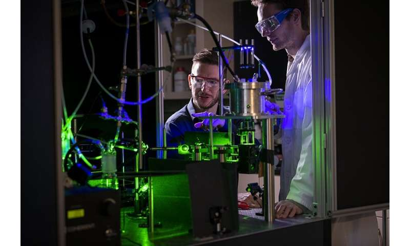 Aerosol optical tweezers advance understanding of chemical evolution of airborne particles