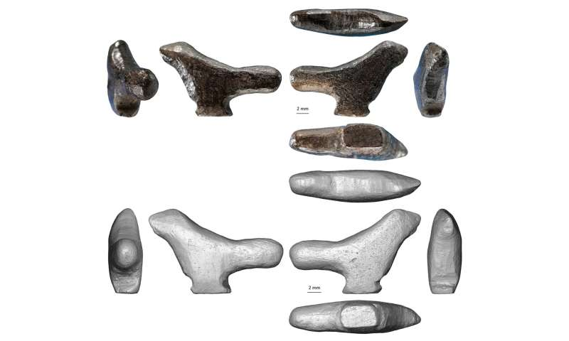 Ancient bird figurine recovered from refuse heap the oldest instance of East Asian 3D art