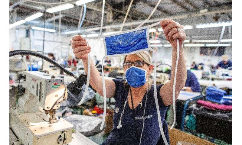 A sportswear factory in Northern Ireland is now producing scrubs for local operations of Britain's health service