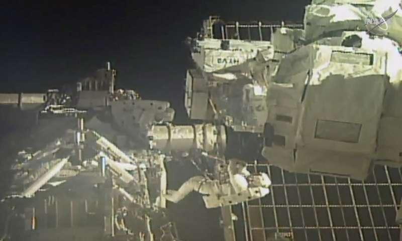 Astronauts perform 2nd spacewalk to swap station batteries