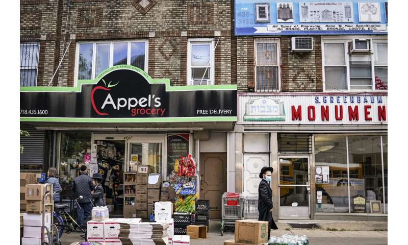 Businesses shut in effort to contain virus in NYC hot spots