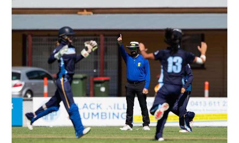 Cricket umpires fumble on T20 calls