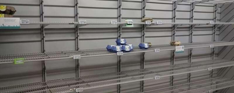 Even stockpiling can be social behaviour