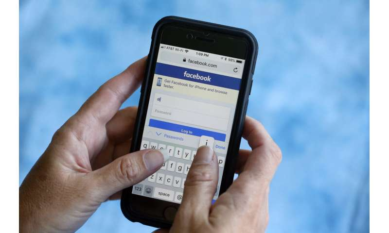 Facebook bug wrongly deleted authentic coronavirus news