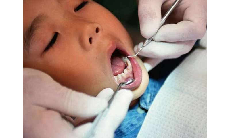 Fluoridated water protects baby teeth, too