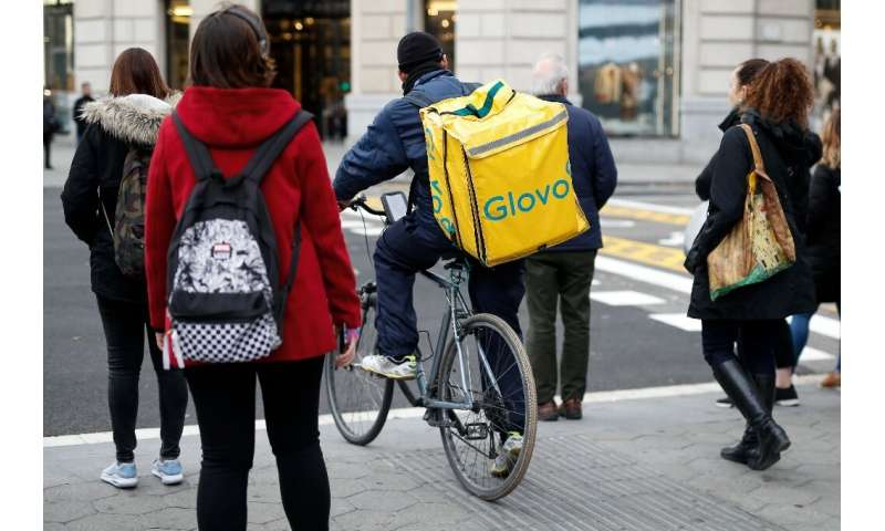 Glovo, unlike its main rivals, delivers more than just food
