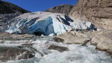 How fast do glaciers erode? New research to help identify safe sites for nuclear waste storage