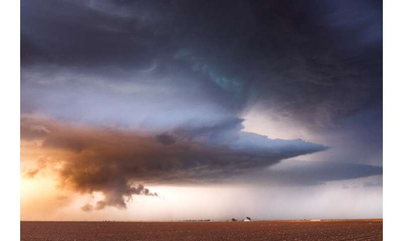 Knowledge of severe storm patterns may improve tornado warnings