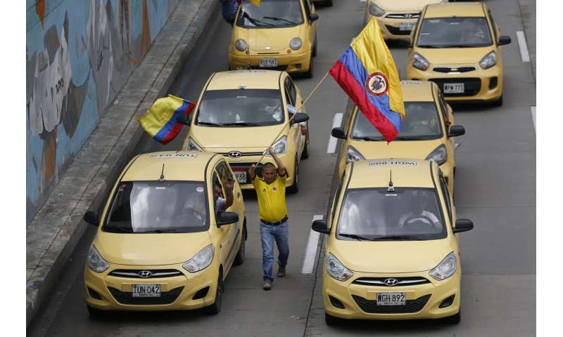 Lawsuit forces Uber to stop operating in Colombia