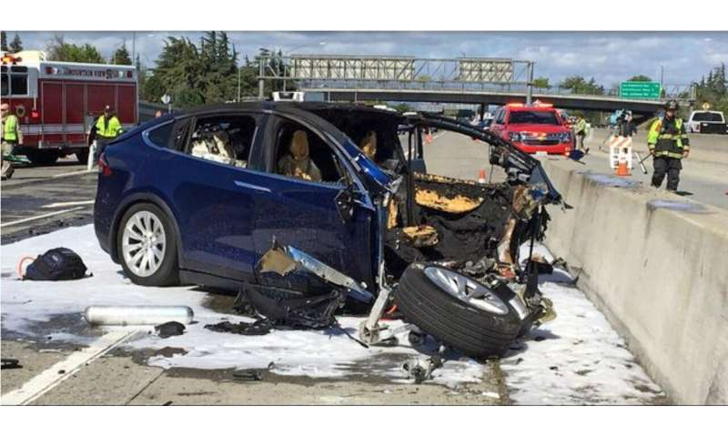 Man killed in Tesla crash had complained about Autopilot