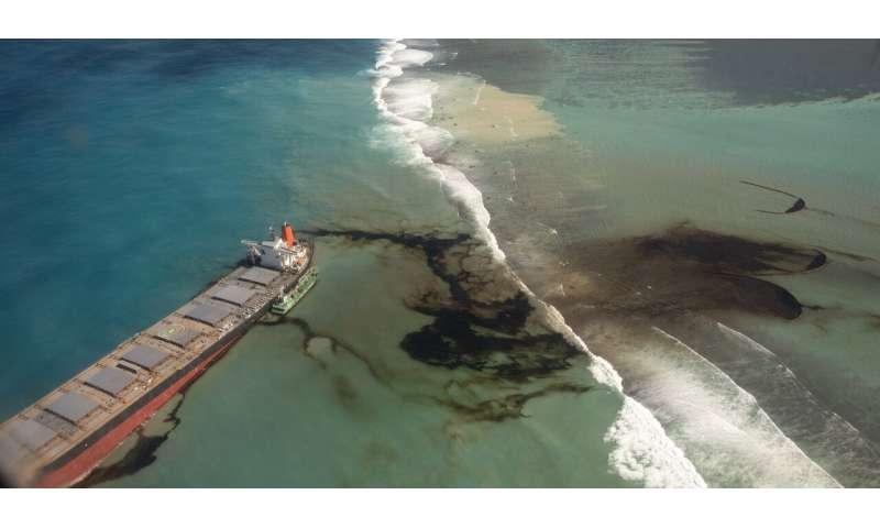 Mauritius races to contain oil spill, protect coastline