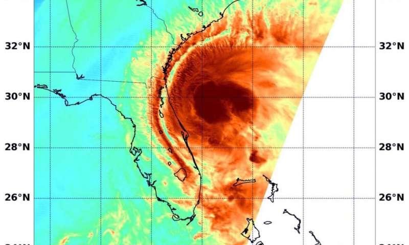 NASA puts visible and water vapor eyes on Tropical Storm Isaias
