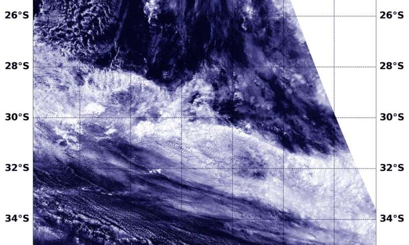 NASA's Aqua satellite reveals Tropical Cyclone Esami's dissipation