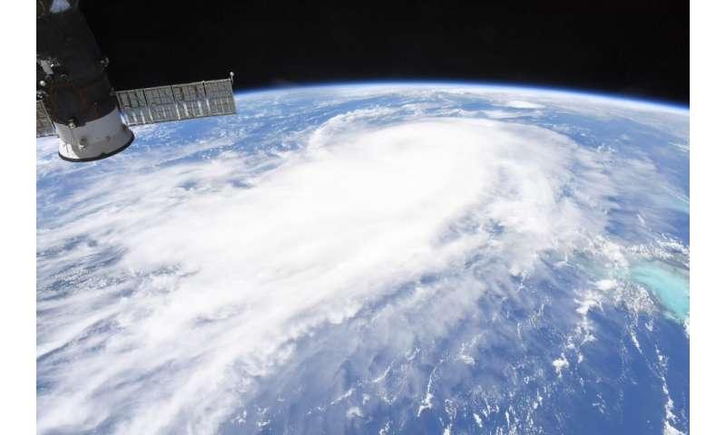 NASA's orbital views of a strengthening, dangerous major hurricane Laura