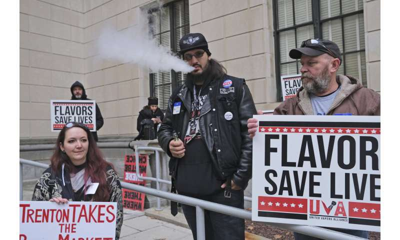New Jersey law bans sale of flavored vaping products