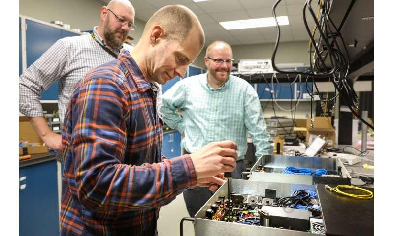 ORNL, LANL-developed quantum technologies go the distance